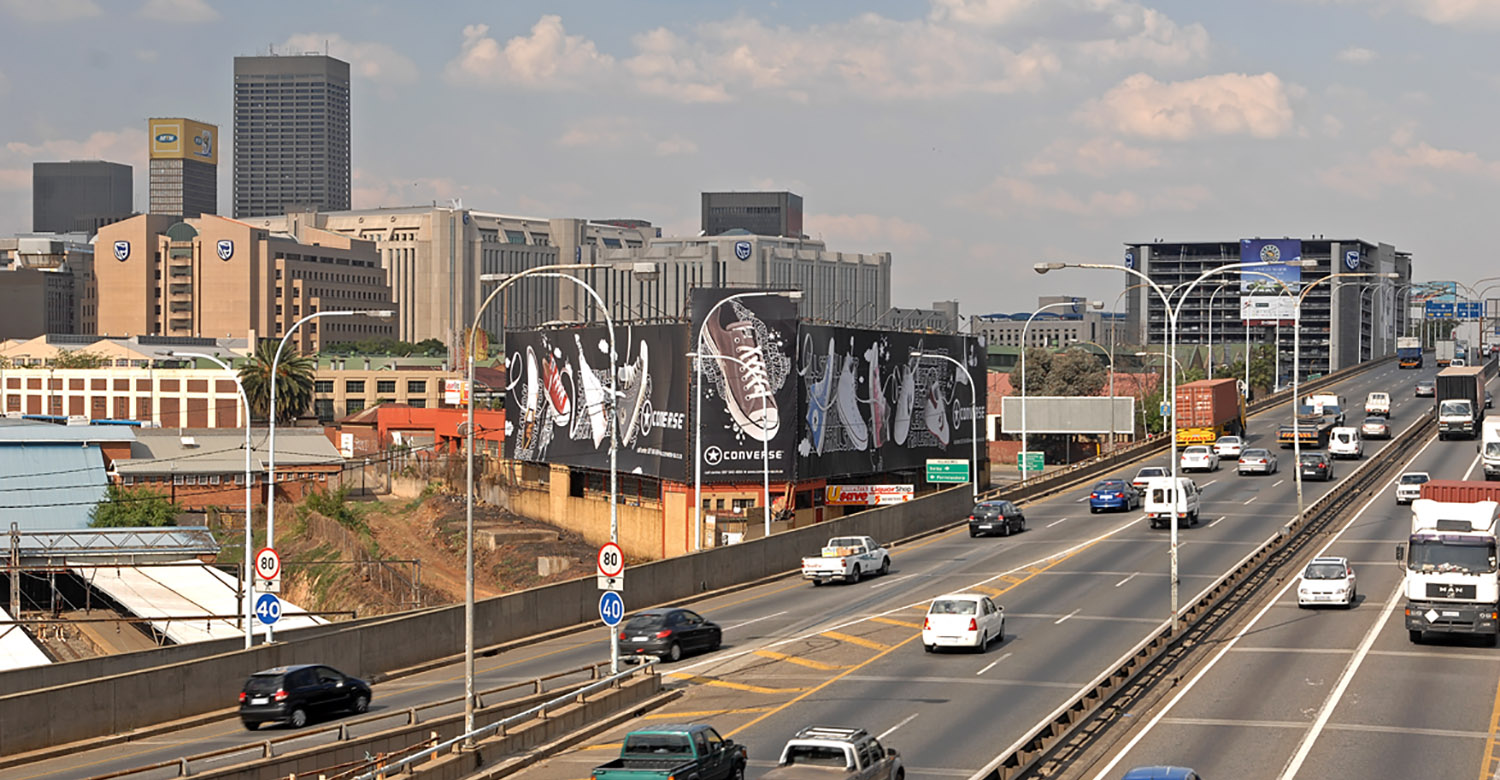 Converse - Top4 - converse-jhb-building-wraps-2