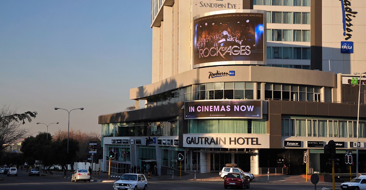 Nu Metro - JHB - nu-metro-jhb-digital-outdoor-advertising-1