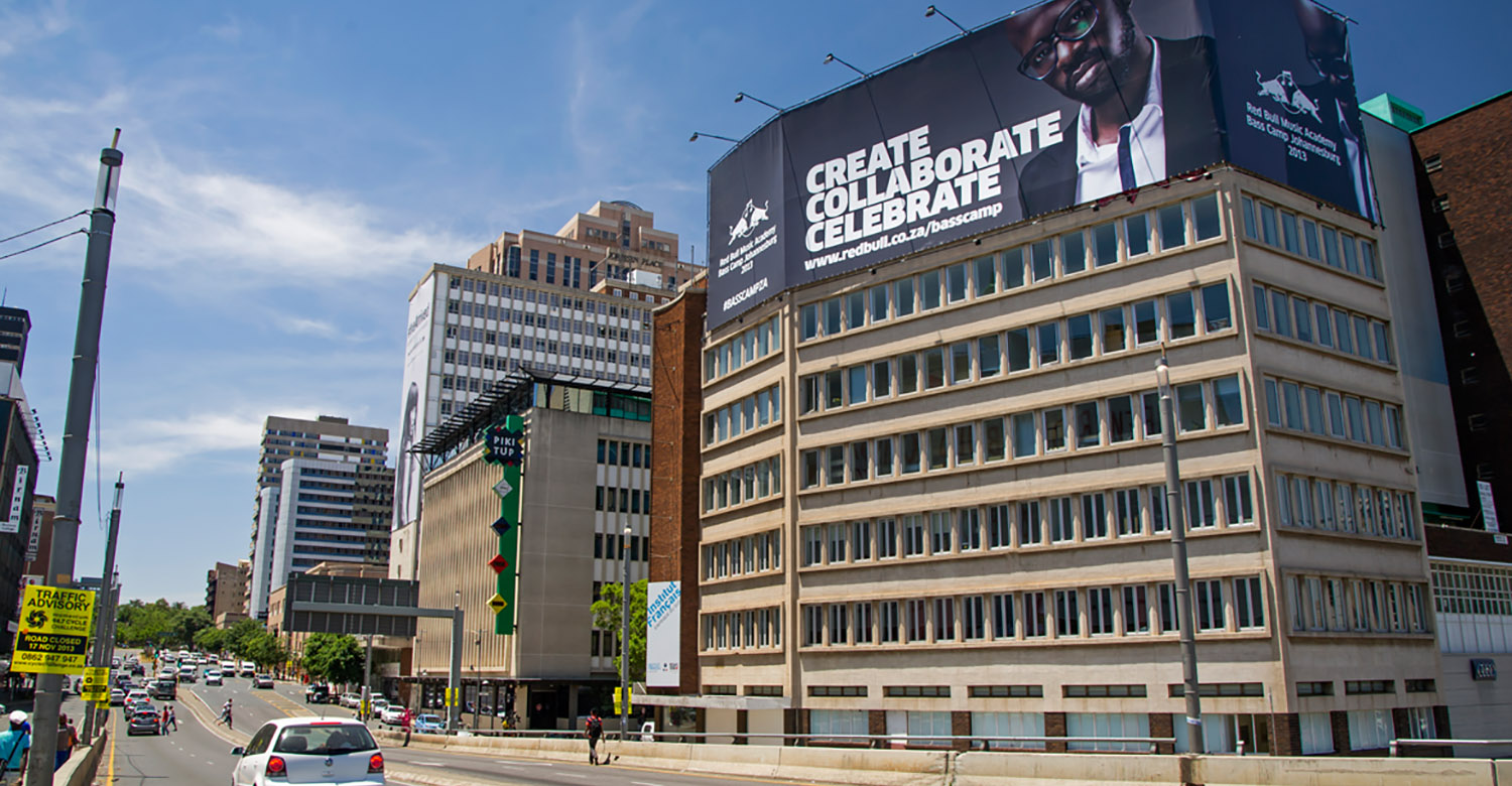 RedBull - Top4 - redbull-jhb-building-wraps-2