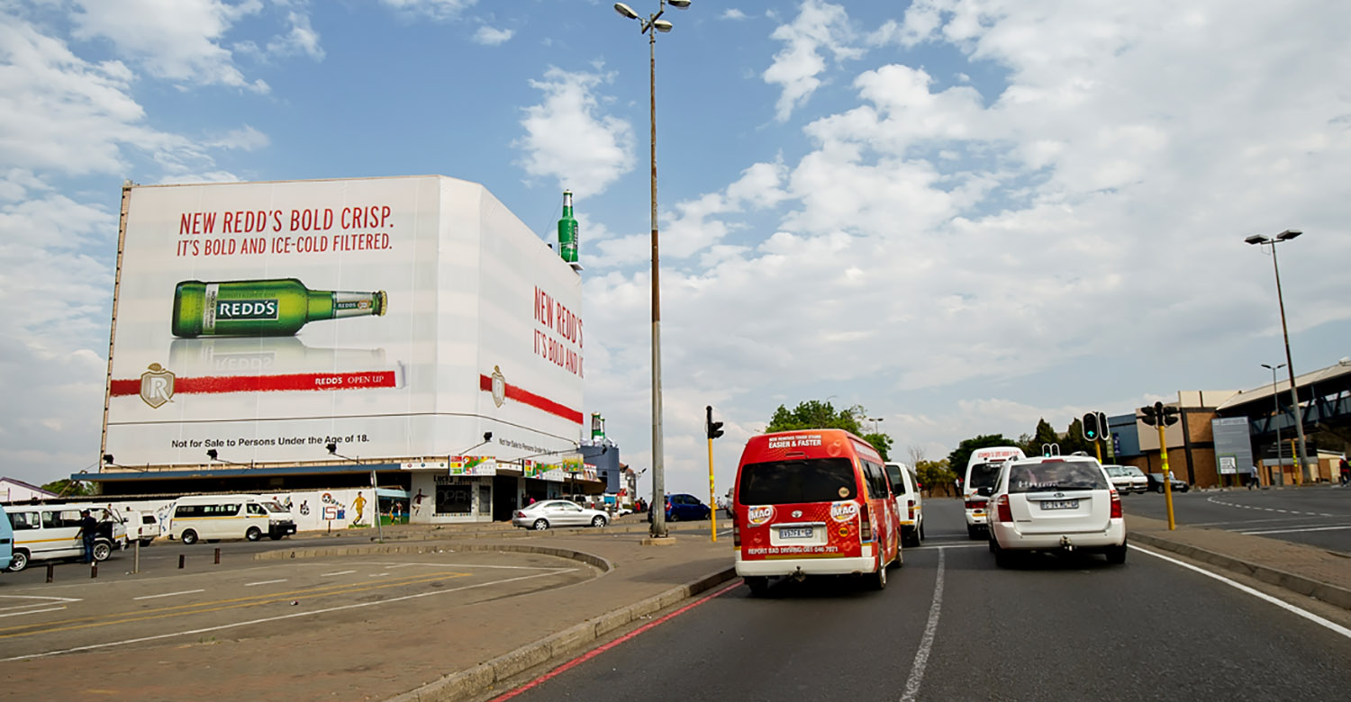 Redds - Top4 - redds-jhb-building-wraps-3